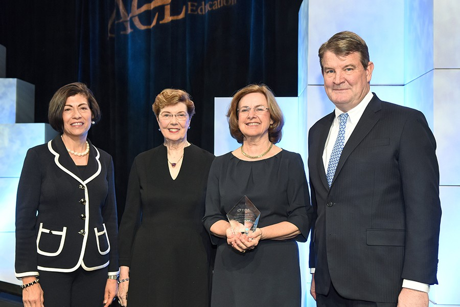 Gail Mellow, President Of LaGuardia Community College, Wins 2017 TIAA Institute Hesburgh Award