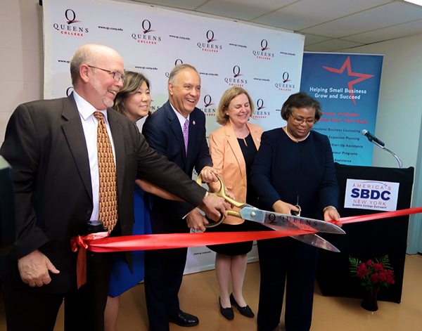 LaGuardia Fosters New Small Business Development Center at Queens College, Serving Flushing's Immigrant Entrepreneurs